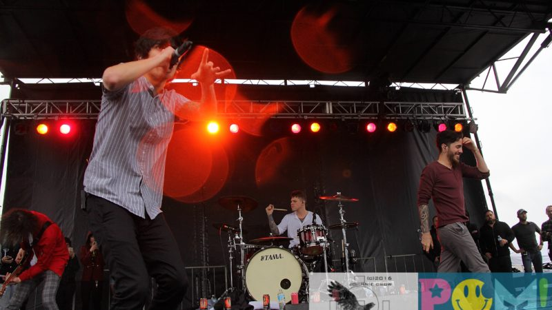 Crown The Empire Rock On The Range 2016